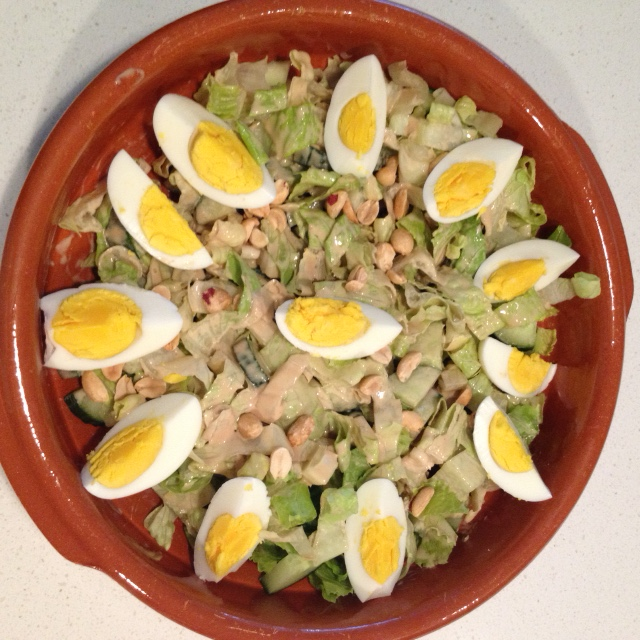 Salad with Peanut Sauce (4)