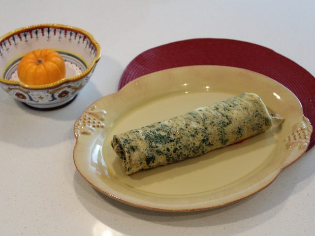 Spinach Roulade with a Tomato, Red Pepper Filling (4)