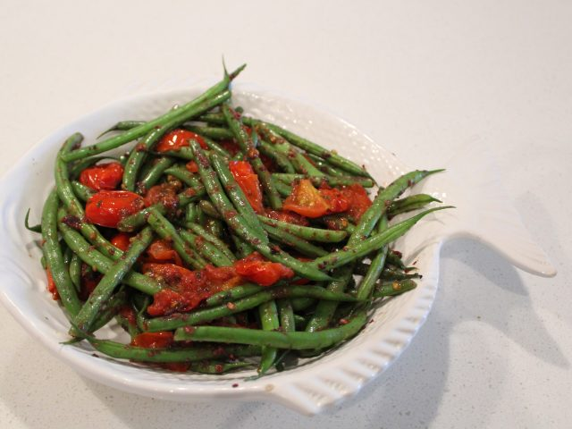French Green Beans and Baby Tomatoes with Tapenade (4)
