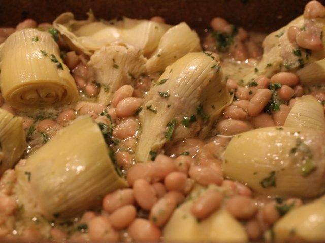 Cannellini Bean and Artichoke Medley (serves 4)
