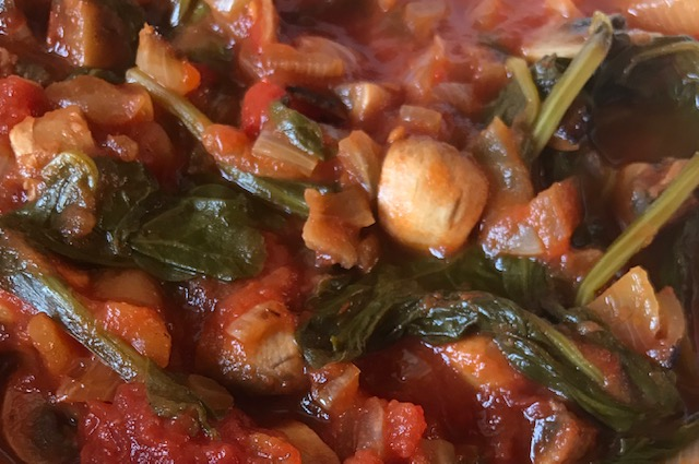 Spinach, Mushrooms and Tomatoes (serves 4)